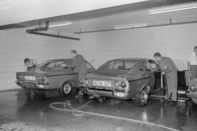 Comme il y a 50 ans : l'Opel Manta retrouve Timmendorfer Strand Opel-Manta-512929