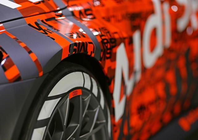Première mondiale de la nouvelle Audi RS 3 LMS A210702-medium