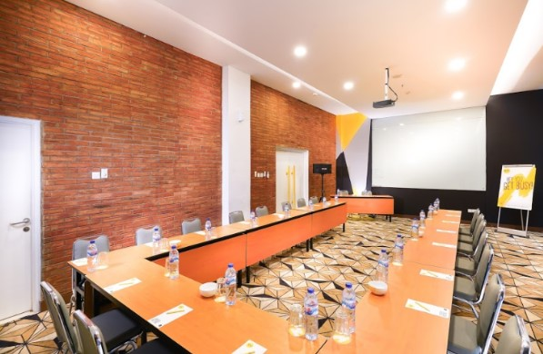 meeting-room-hotel