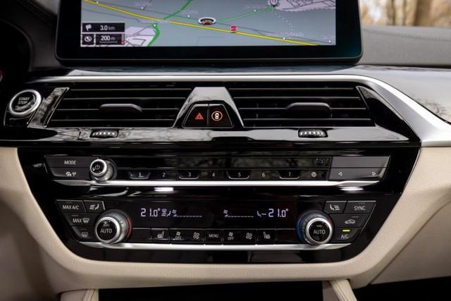 2020 - [BMW] Série 5 restylée [G30] - Page 11 0-D6299-C4-19-B9-48-C7-B7-AC-7-C3-BC4-B587-A5