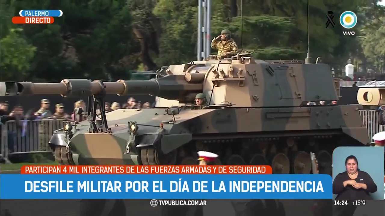 Mauricio-Macri-encabeza-el-desfile-del-9-de-Julio-TPANoticias-mp4-007530325