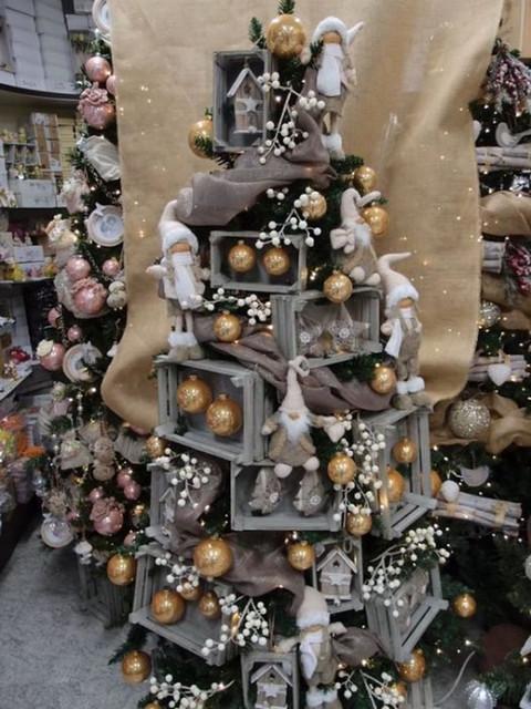 Arbolitos-de-Navidad-creativos-1-525x700