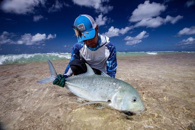 kanton-atoll-gt-giant-trevally-fly-fishing-kiribati-42