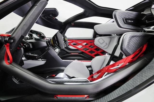 2021 - [Porsche] Mission R CD6-AEEF9-4668-49-C4-9-BC9-A1-D32865-D152