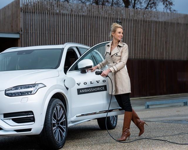 Elodie Gossuin, nouvelle ambassadrice de Volvo Car France en 2021 276902-Elodie-Gossuin-nouvelle-ambassadrice-de-Volvo-Car-France-en-2021