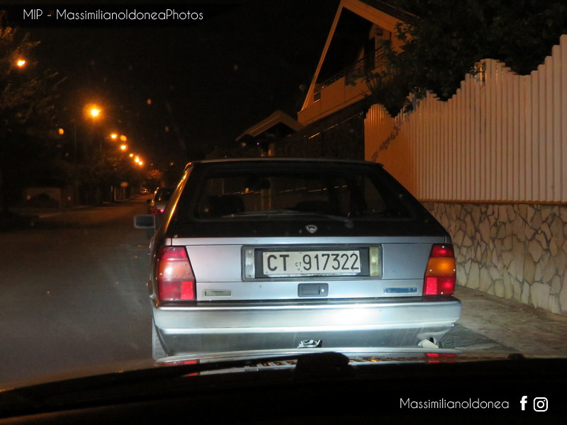 avvistamenti auto storiche - Pagina 38 Lancia-Delta-LX-1-3-75cv-90-CT917322