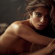 Chiara-Bianchino-Gentlemens-Club-by-Hannes-Walendy-18