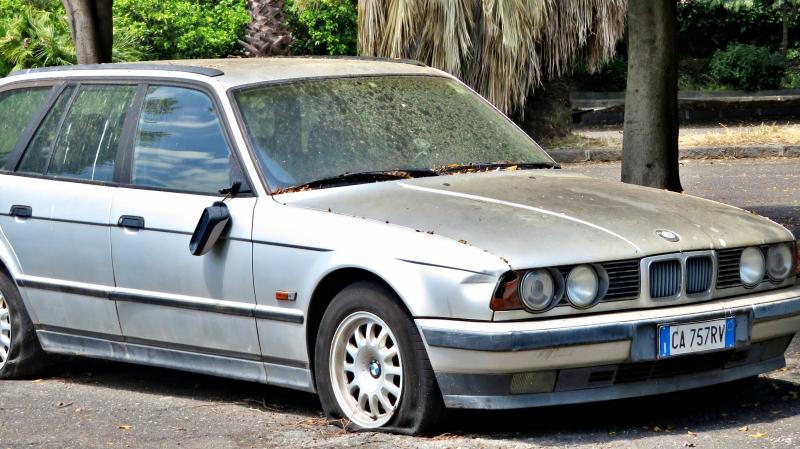 Auto Abbandonate - Pagina 19 Bmw-E34-Touring-525-tds-2-5-143cv-CA757-RV-4