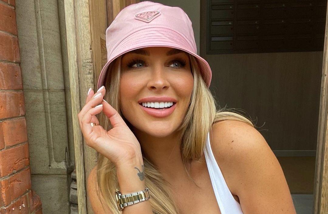 Brooke-Lynette-Wallpapers-Insta-Fit-Bio-Missbrooke-lyn-Wallpapers-Insta-Fit-Bio-21