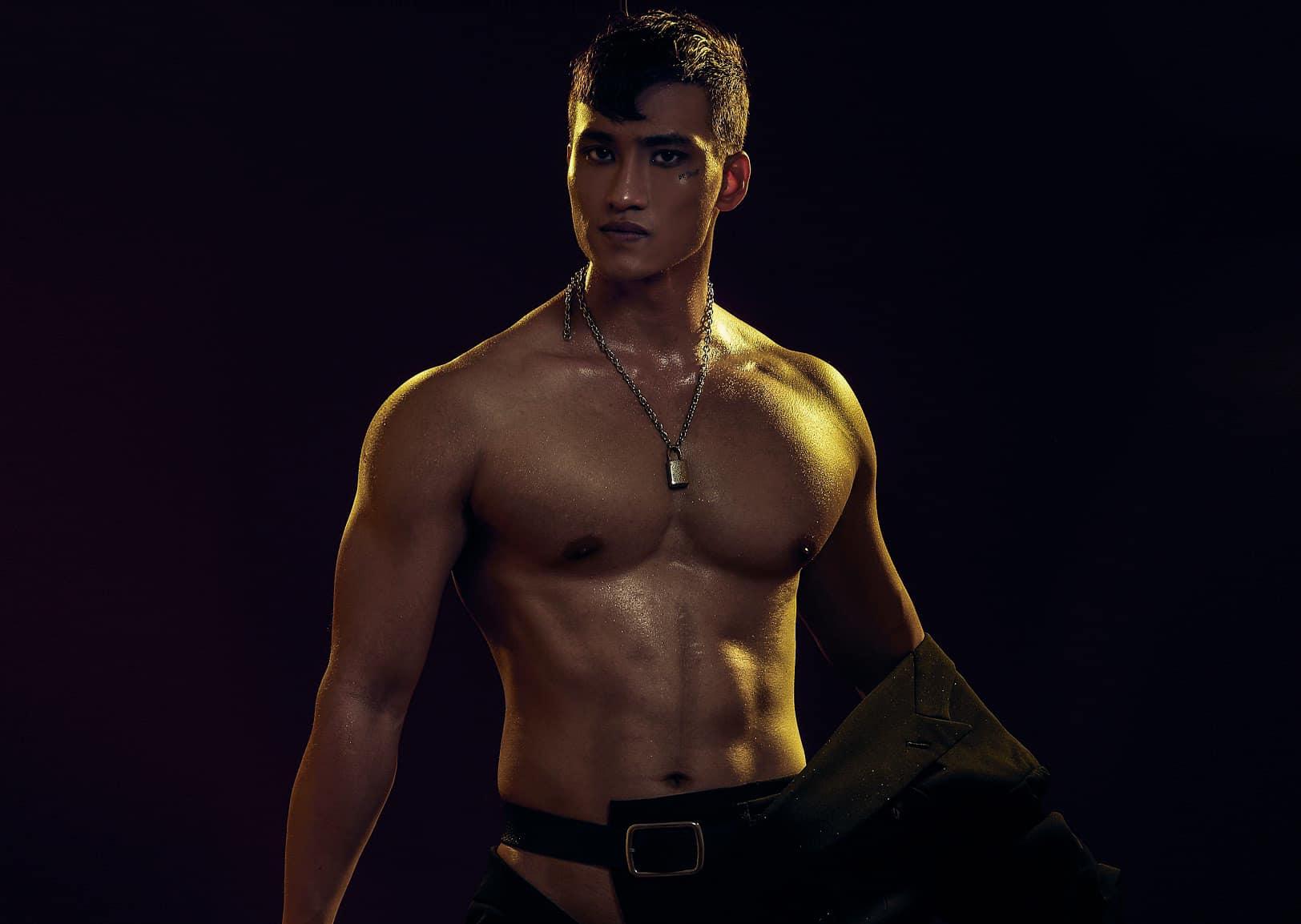 PT gym Trần Kim Phát lộ ảnh sex