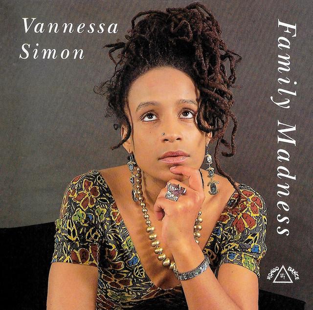 Vanessa-Simon-Family-Madness-cover