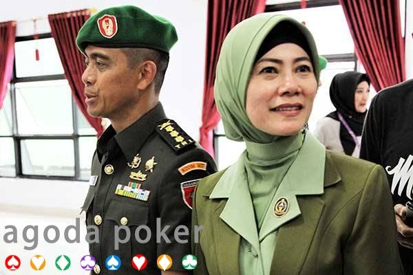 Komentar Negatif Soal Wiranto, Proses Hukum Menanti 3 Istri TNI