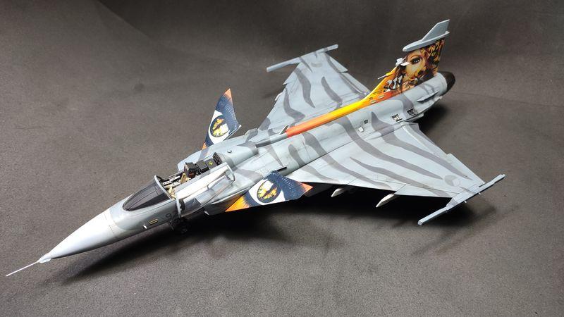 """MT: Jas-39C Gripen """"Wild Tiger"""" NTM 2017 Kitty Hawk 1/48 IMG-20200209-194925"""