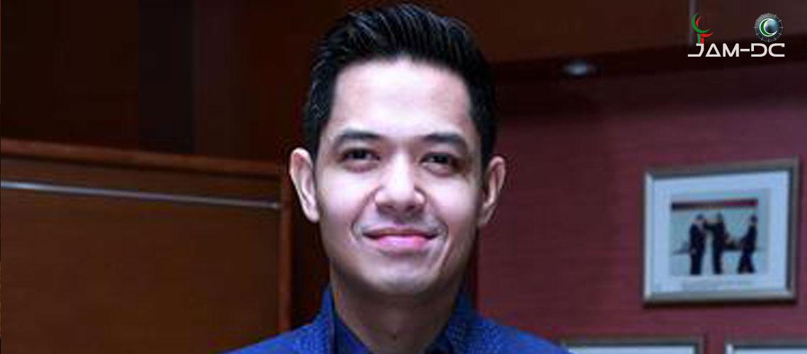 Хадж индонезийского актера Дуде Харлино