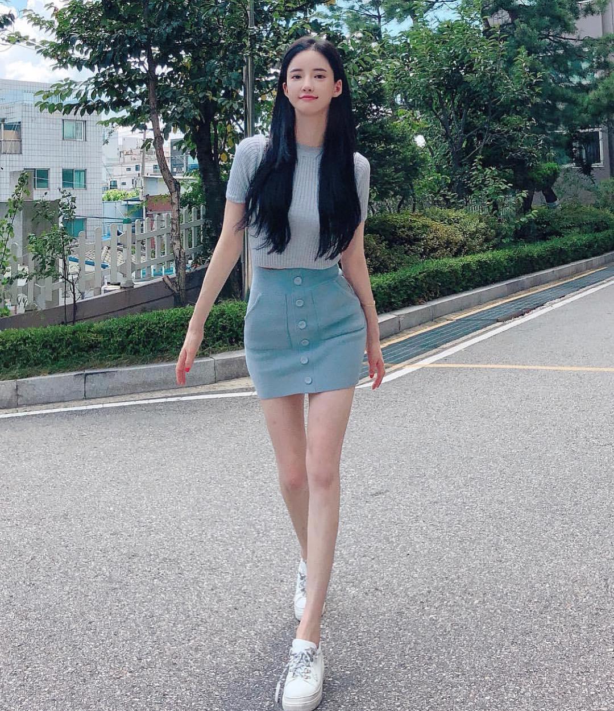 Seojin-Ban-Wallpapers-Insta-Fit-Bio-1