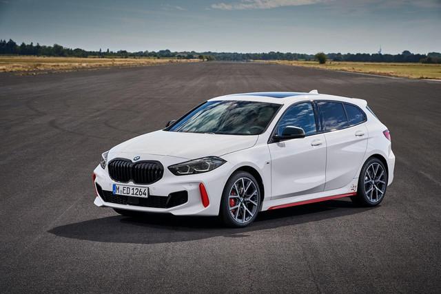 2018 - [BMW] Série 1 III [F40-F41] - Page 31 5-B38-FE23-F007-42-BF-B5-DF-D952-C42604-BE
