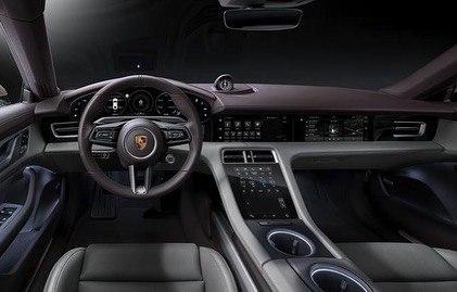 Porsche Taycan (2019) 9