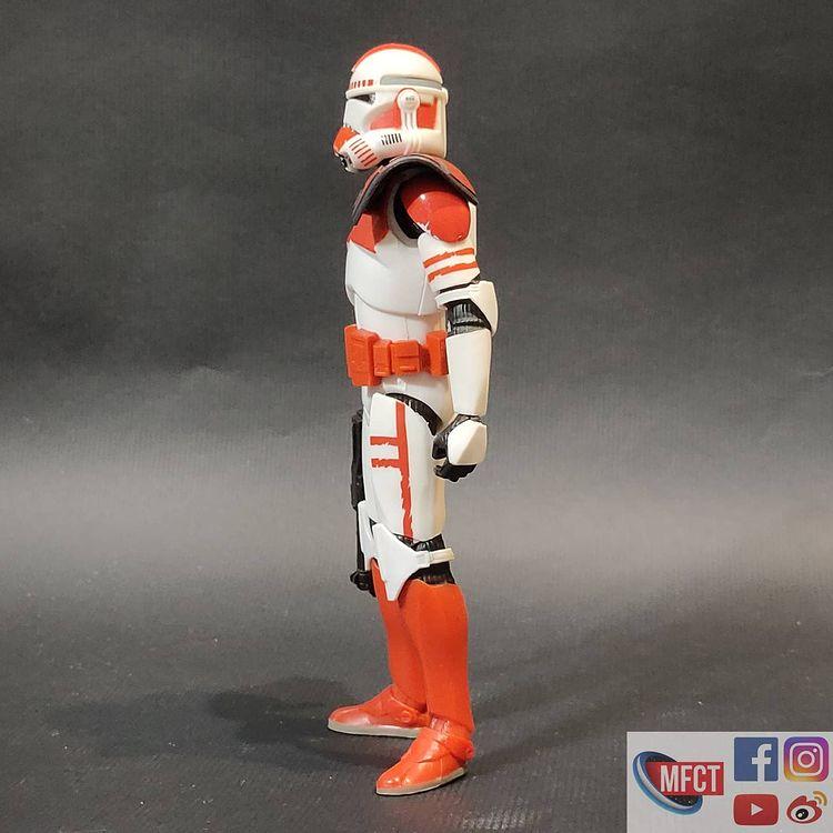BS-Imperial-Shock-Clone-Trooper-The-Bad-Batch-In-Hand-Loose-3.jpg