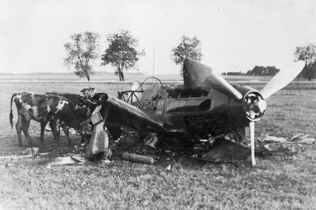 Operation-Barbarossa-Russian-plane