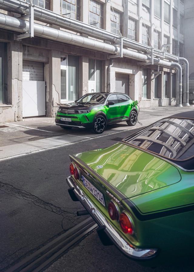 Comme il y a 50 ans : l'Opel Manta retrouve Timmendorfer Strand Opel-Manta-Opel-Mokka-e-513139