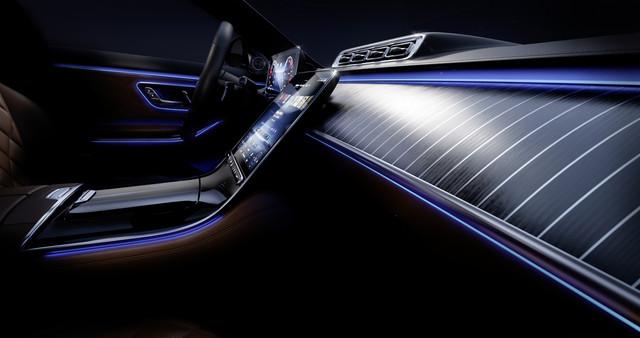 Mercedes-Benz-S-Klasse-Im-Innenraum-der-S-Klasse-erreicht-der-moderne-Luxus-das-nchste-Niveau-Die-De