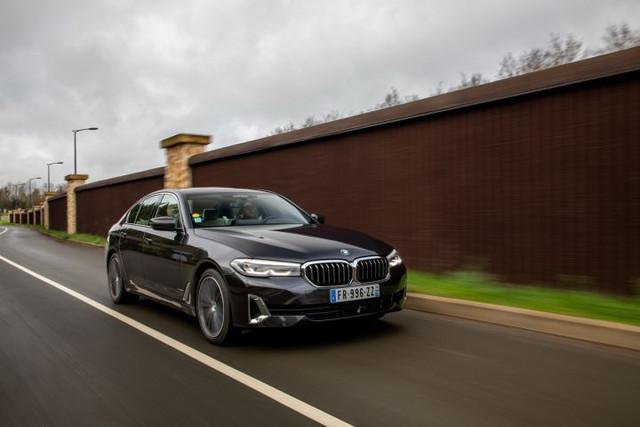 2020 - [BMW] Série 5 restylée [G30] - Page 11 35-EE339-B-05-F4-41-D7-9-A22-00684-BA13-CEC
