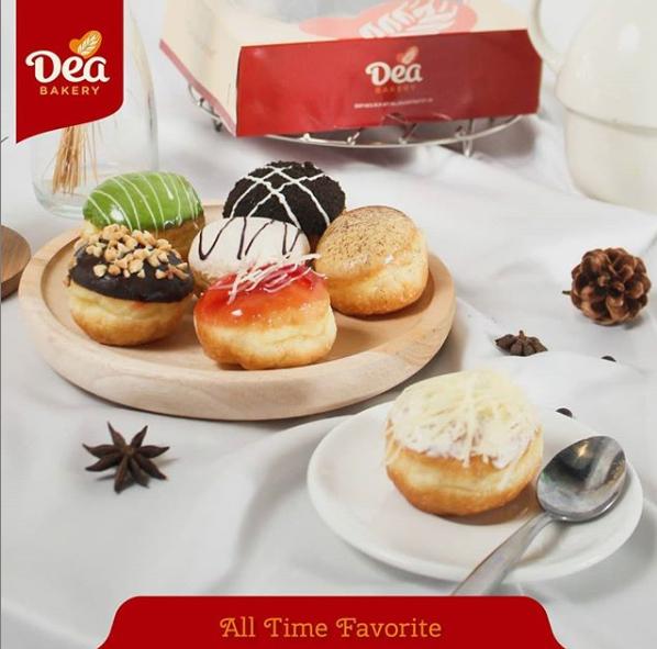 Loker Dea Bakery, Customer Service dan Marketing Online