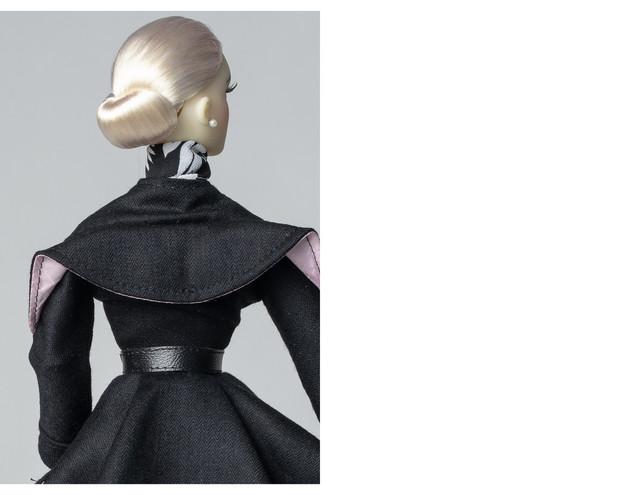 Oona-in-DAE-black-dress-2