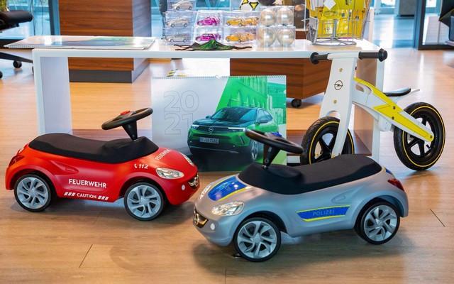 Achats en ligne : les cadeaux de Noël de la boutique Opel 01-Opel-513831