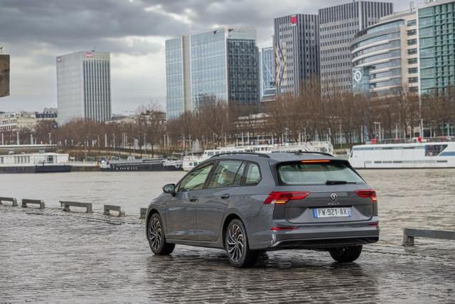 2020 - [Volkswagen] Golf VIII - Page 25 CC9786-A4-57-C3-4012-A1-AD-AF54094579-B7