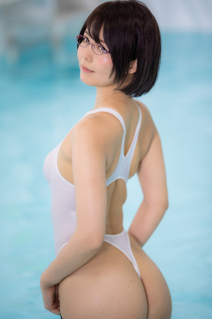 swimsuit-200927-046