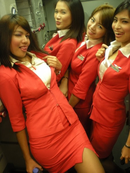 Happy-flight-with-Air-Asia