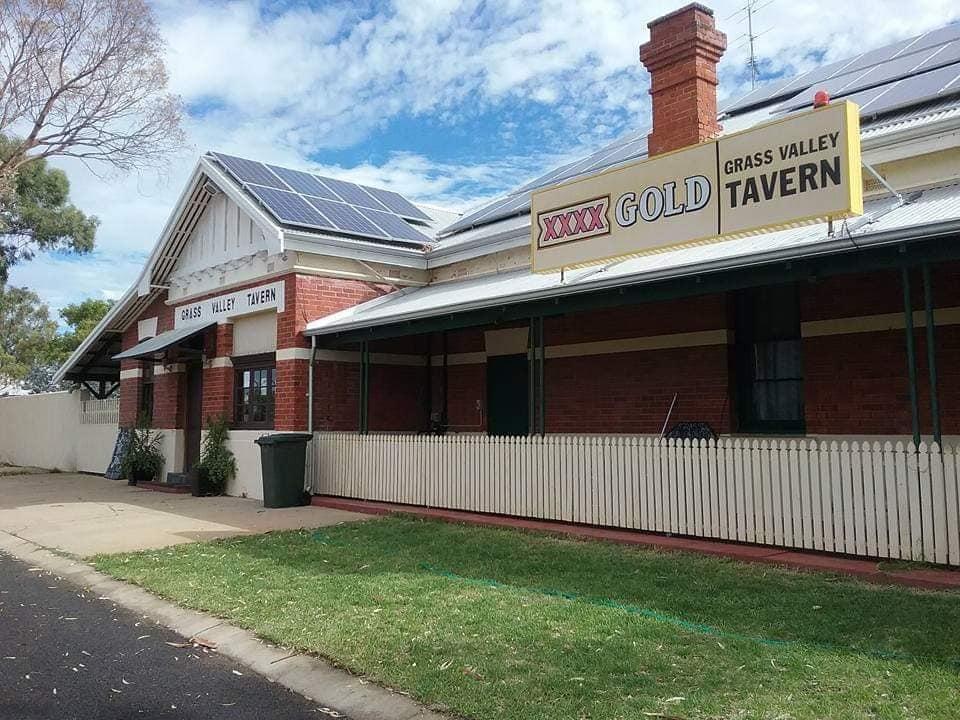 Grass Valley Tavern