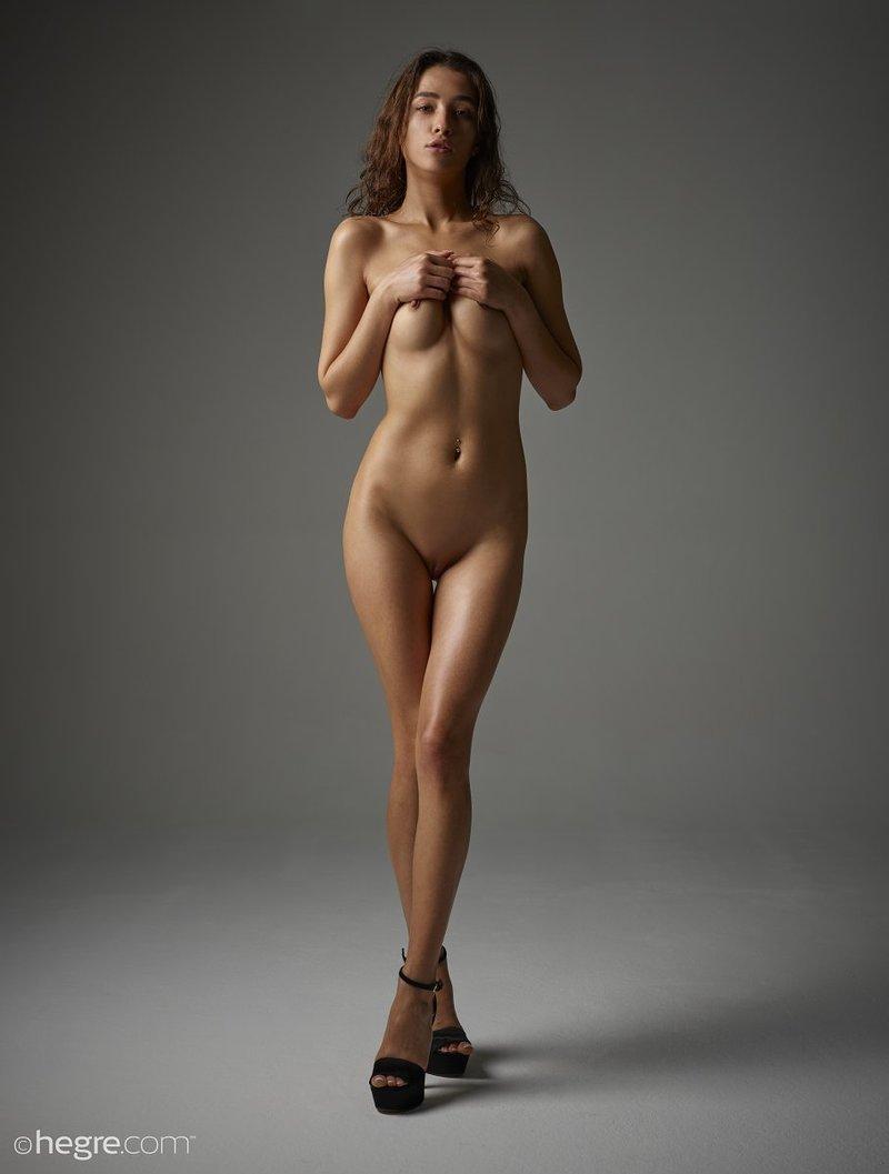 brunette-bombshell-sashenka-takes-off-her-black-lingerie-to-expose-her-assets-12-w800