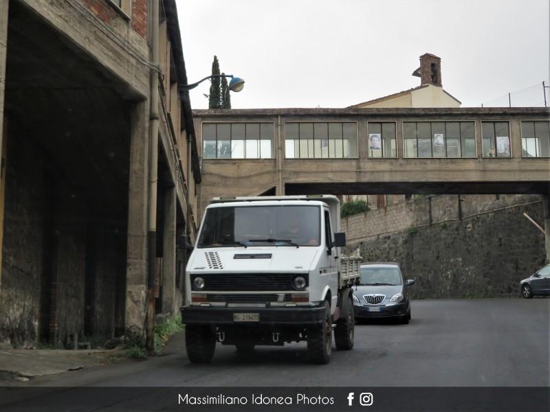 Veicoli commerciali e mezzi pesanti d'epoca o rari circolanti - Pagina 11 Iveco-Daily-4x4-RG219433-263-050-2-5-2018