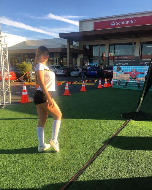 Futbolista-alemana-de-Mercedes-Benz-toc-hoy-kaufmannexperto