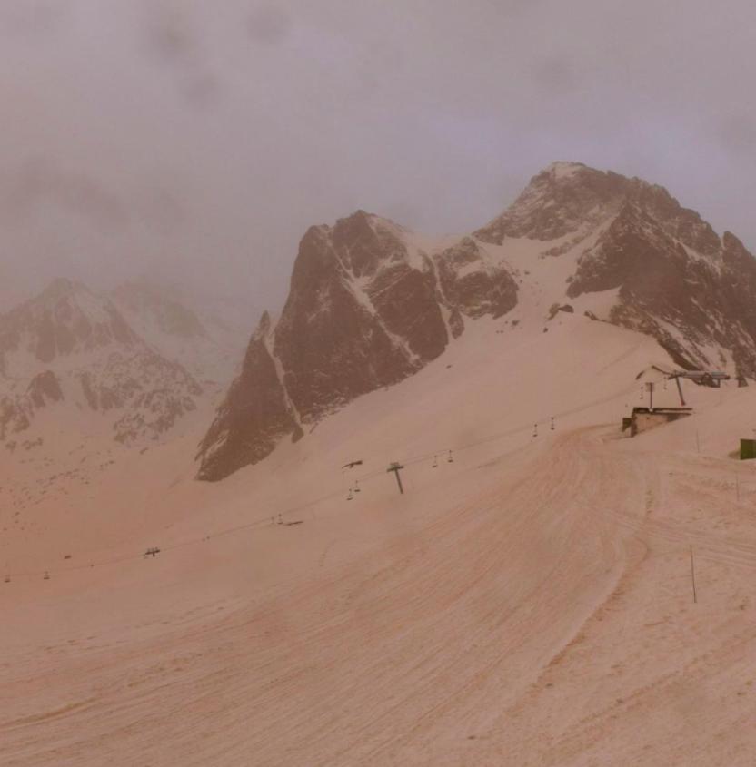 Snow-Sand