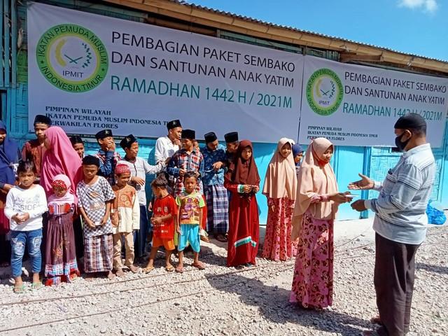 PTA Surabaya Peduli Anak Yatim Flores NTT