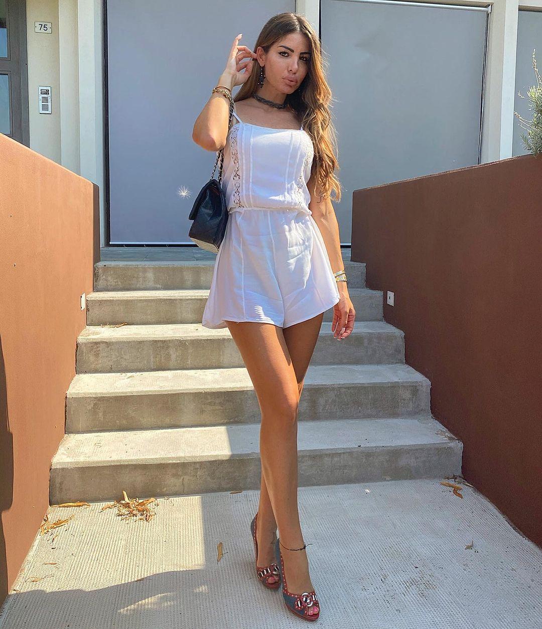 Jessica-Zanazzi-Wallpapers-Insta-Fit-Bio-1