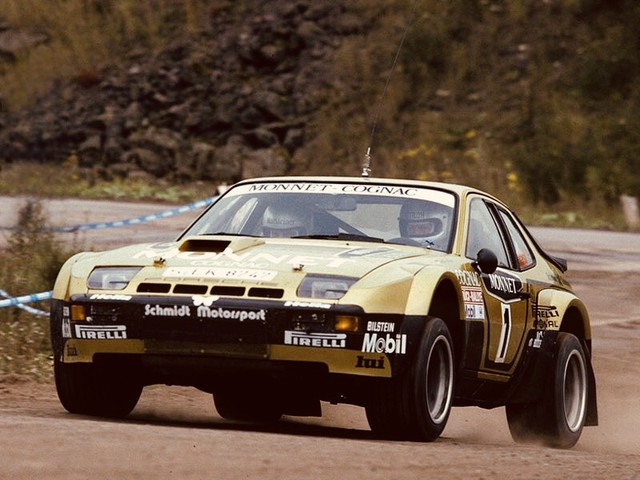 Porsche-924-Carrera-GTS-Rally-4