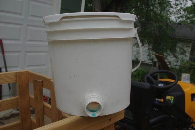 bucket-trap-2
