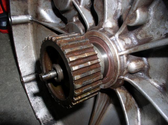 V7 Sport engine teardown 14