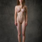 susann-shamelessly-showcases-an-amazing-curvy-body-07-w800
