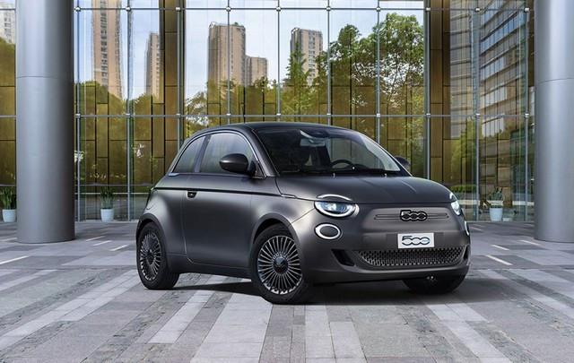 """Nouvelle 500 reçoit le prix """"Best Design 2020"""" lors des Autonis Awards 2020 organisés par le magazine allemand """"Auto Motor und Sport"""" 0f17c1faa5b5f1792a4c231666ce0ba15e2870ce"""