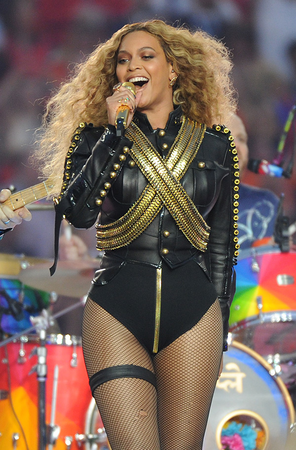 superbowl-halftime-2016-2.jpg