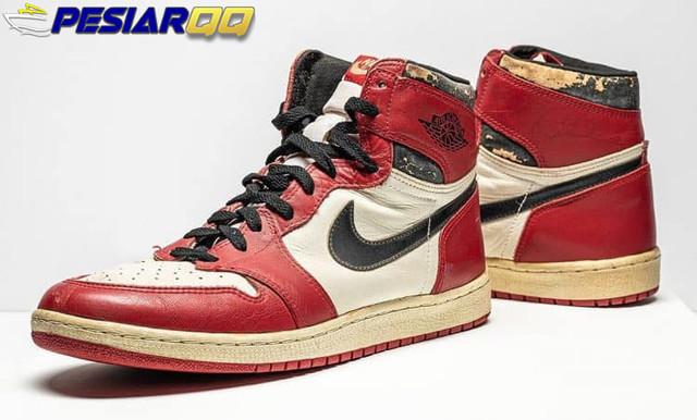 Sepatu Michael Jordan Diprediksi Laku Antara Rp 9,5 M Sampai Rp 12,4 M