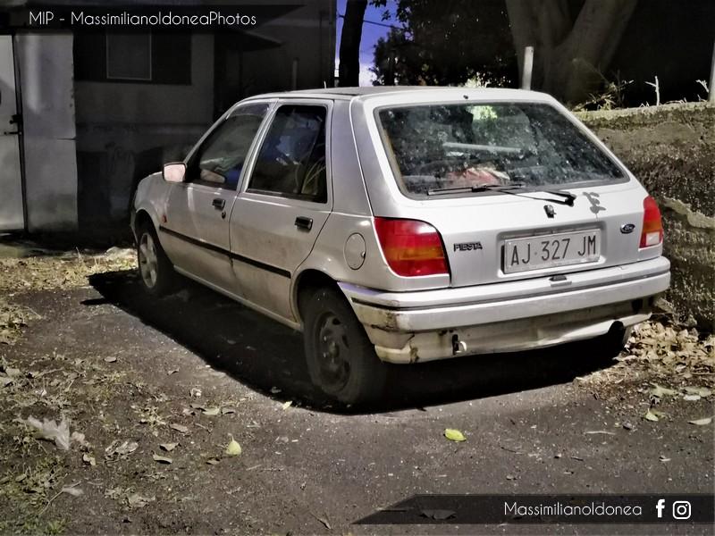 Auto Abbandonate - Pagina 9 Ford-Fiesta-1-3-58cv-95-AJ327-JM-3