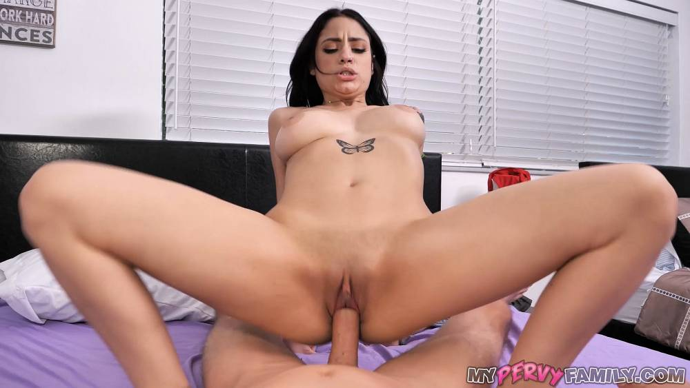 Melody Foxx – Step-Sister Caught Trying Libido Enhancer – My Perv Family