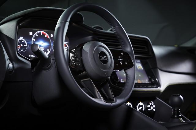 Le Nissan Z Proto : Inspiré Du Passé, Tourne Vers Le Futur 200916-01-074-source