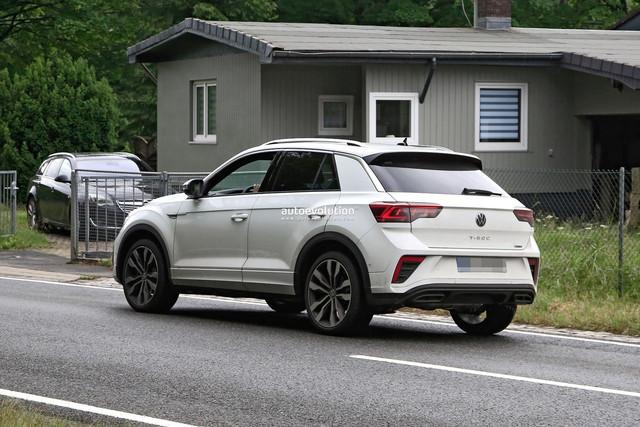 2022 - [Volkswagen] T-Roc restylé  A98-F2-C8-F-6155-44-EA-B77-D-F2-AC215-D61-A8
